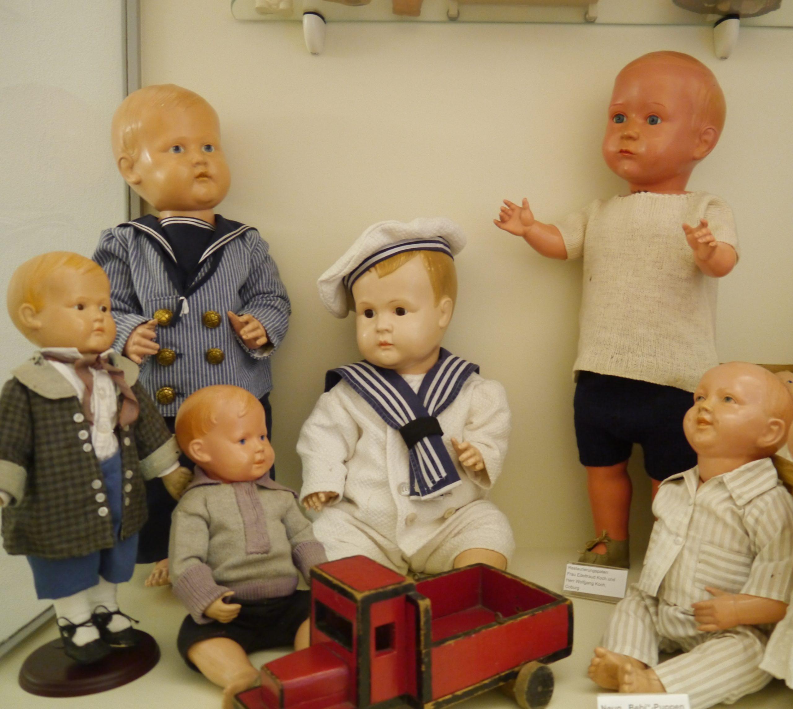 Puppenfestival Arrangement
