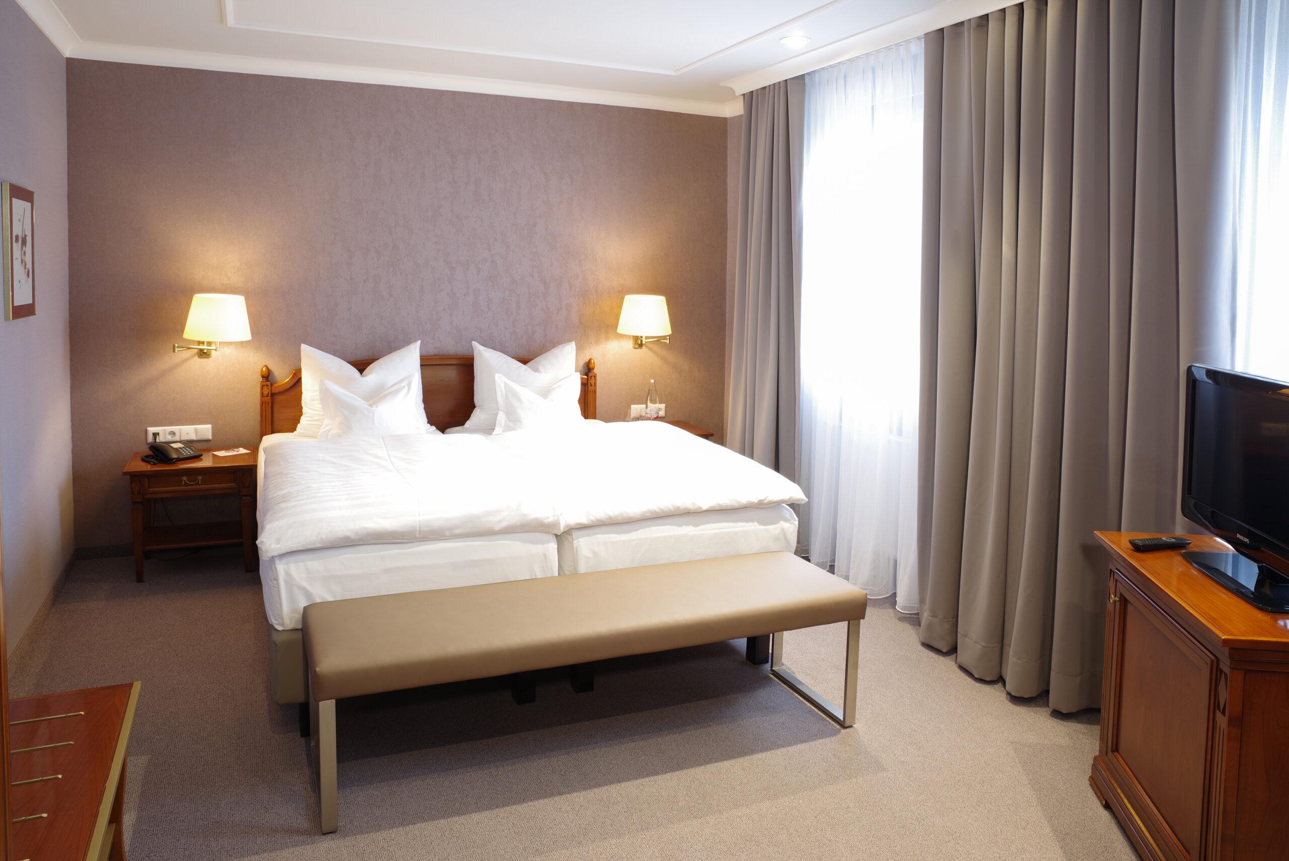 Suite Doppelbett Hotel Stadt Coburg